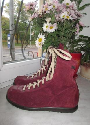 Замшевые деми ботинки camper 39 р