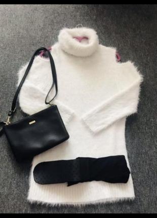 Женский теплый белый свитер/туника