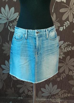 Стильна джинсова юбка  good american