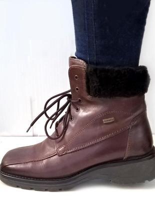 Зимние кожаные ботинки fabiani 39 р