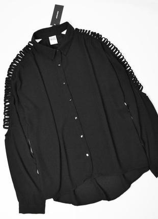 Черная блуза оверсайз с красивыми длинными рукавами
