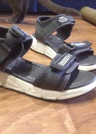Новые сандали спорт