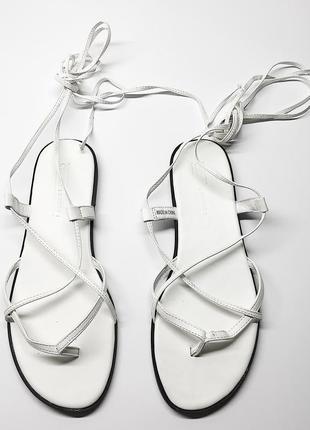 Босоножки сандалии на завязке на шнуровке asos