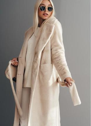 Длинное двубортное пальто из эко меха норка  зимнее с утеплителем valentir