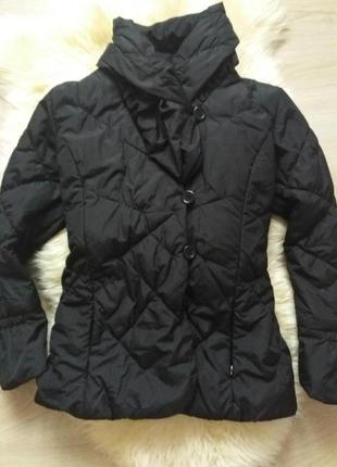 Легкая, теплая куртка