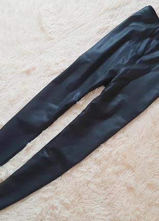 Крутые кожаные брючки в обтяжку от linea petite