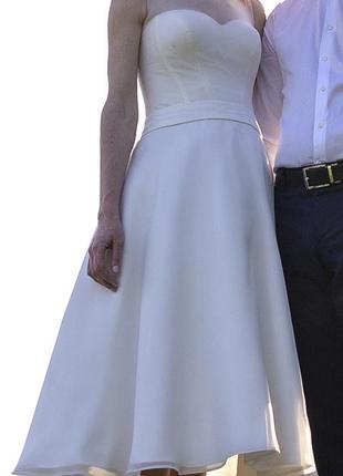 Универсальное платье, коктейльное , выпускное или свадебное