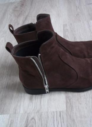 Стильные ботинки челси низкий ход