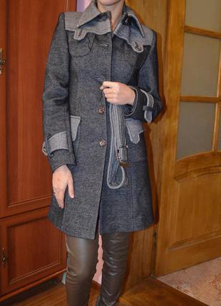 Нове гарне стильные пальто!