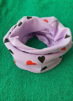 Новый фиолетовый детский шарф-снуд (бафф) с принтом сердечки