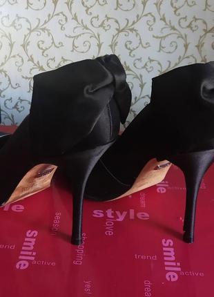 Черные туфли кожа атлас
