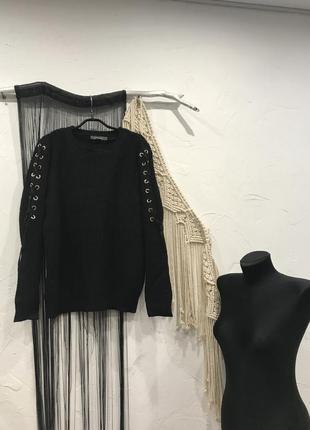 Свитер primark чёрного цвета с люверсами на рукавах! кофта, светр, джемпер