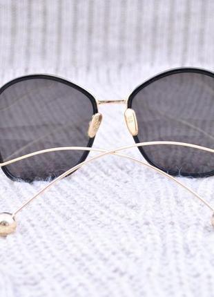 Большие оригинальные солнцезащитные очки