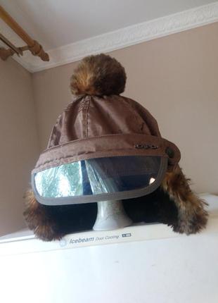Классная стильная спортивная женская шапка от бренда «сapo»,австрия-болгария