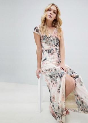 Ніжна сукня романтичних пастельних кольорів