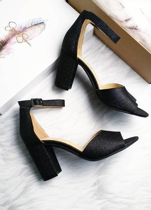 Jessica simpson оригинал черные вечерние босоножки на широком каблуке бренд из сша