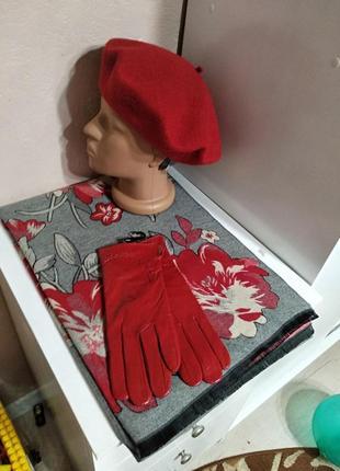 Комплект чешский фетровый берет tonak и зимний шарф палантин с цветами и кожаные перчатки