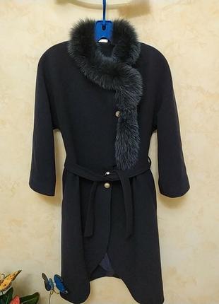 Классное ,стильное ,модное пальто ,рукав реглан