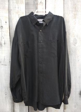 Черная рубашка из шелка
