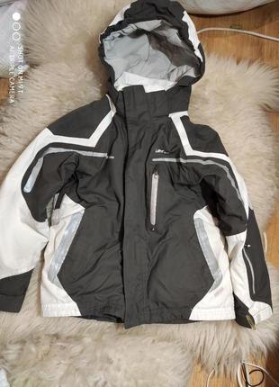 Лыжная куртка 122-128 размер