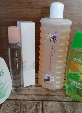 Набор косметики (пена для ванн, туалетная вода, интим. гель, гель для душа)