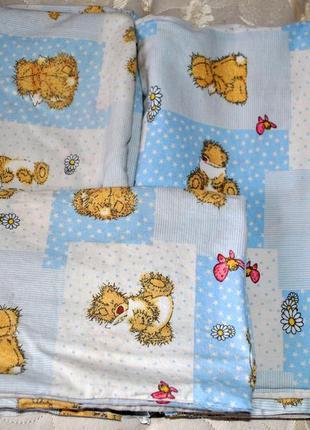 Постелька для маленького с teddy bear