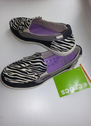 Лоферы crocs