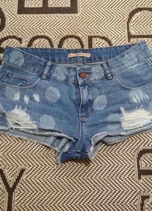 Бомбезные джинсовые рваные шорты от pull&bear, p.