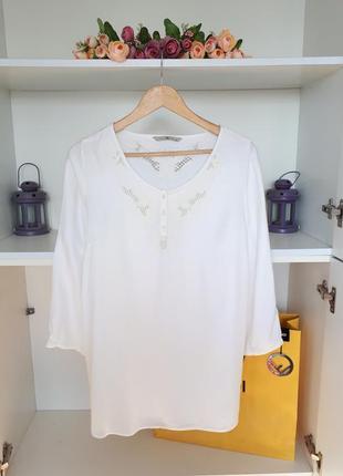 Красивая блузка с вискозы tu