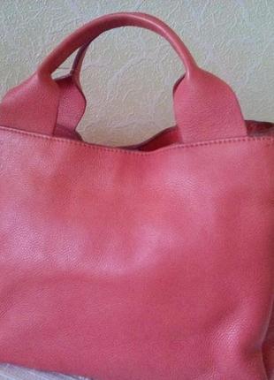 Шикарная кожанная сумка clarks