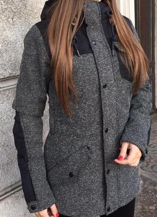 Женская лыжная куртка o'neill. размер xs