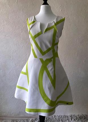 Оригинальное белое коктейльное платье wagoon paris