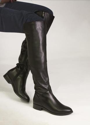 Ботфорты ❤️❤️❤️черные кожаные,высокие, внутри байка