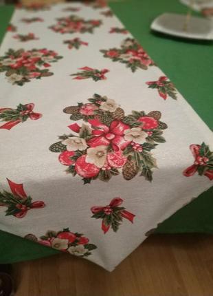 Новорічна скатерка-ранер/доріжка на новорічний стіл 180-43см з люрексовою ниткою