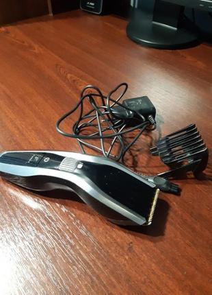 Електрическая машинка для стижки волос