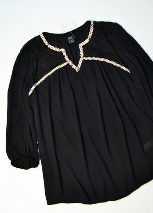 Новая черная вискозная блуза с окантовкой