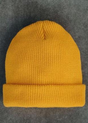 Тёплая зимние шапка 💛 жёлтая
