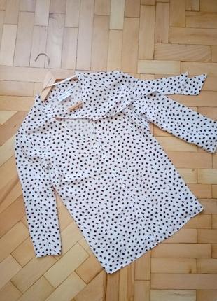 Женская базовая рубашка блуза в горошек с бантом м
