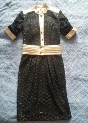 Шикарное гипюровое платье.