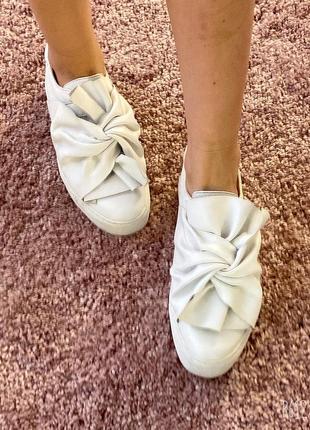 Слипоны/туфли с бантами кожаные оригинал