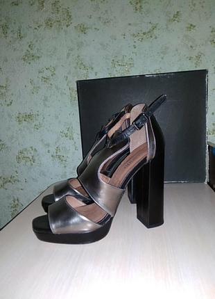 Открытые туфли, босонодки zalando 40 ,р