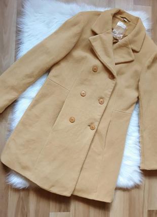 Теплое шерстяное качественное песочное бежевое двубортное пальто zabaione (германия)