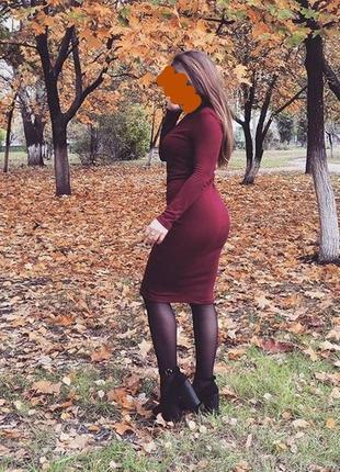 Платье красное  bershka