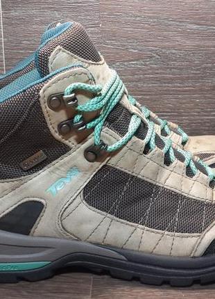 Треккинговые альпинистские ботинки teva 37р 38р