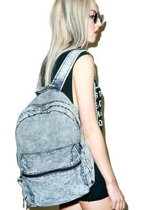 Вместительный джинсовый винтажный рюкзак от dolls kill