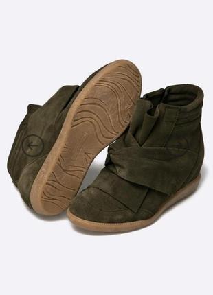 Кроссовки zara ботинки натуральная замша bronx на танкетке с бантом