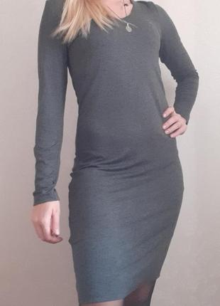 Платье в обтяжку трикотажное