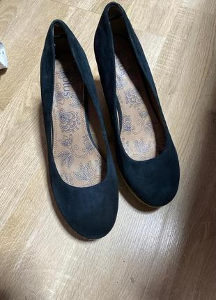 Замшевые туфли, 38