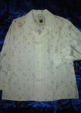Нарядная  белоснежная блуза  52 р.