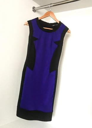 Женское стильное модное платье облегающие по фигуре без рукавов чёрный с синим электрик
